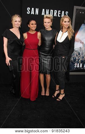 LOS ANGELES - MAY 26:  Marley Shelton, Emmanuelle Chriqui, Malin Akerman, Elizabeth Berkley at the