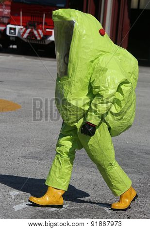 Yellow Protective Suit To Work In Presence Of Asbestos