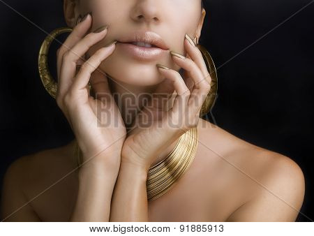 Women With Golden Make-up, Hands With Golden Manicure. Makeup, Beauty.