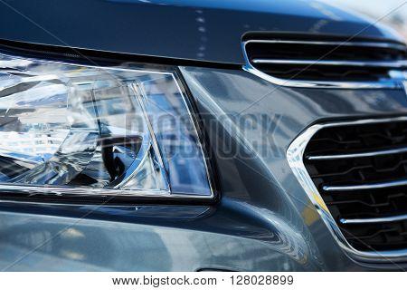 Xenon or LED head light of a modern car