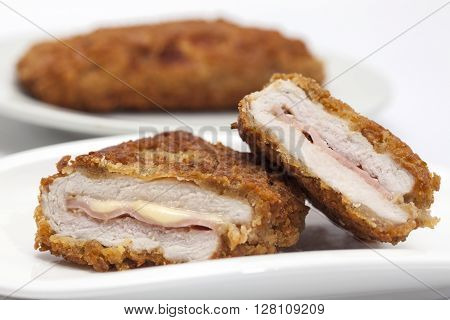 Cordon bleu preparation : Cordon Bleu on a white dish