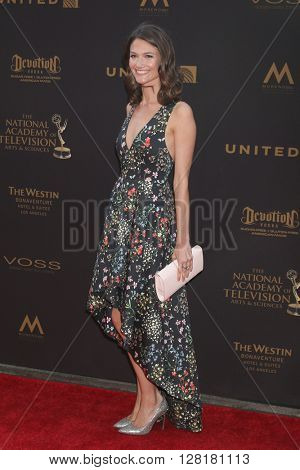 LOS ANGELES - APR 29:  Alexandra Golden at the 43rd Daytime Emmy Creative Awards at the Westin Bonaventure Hotel  on April 29, 2016 in Los Angeles, CA