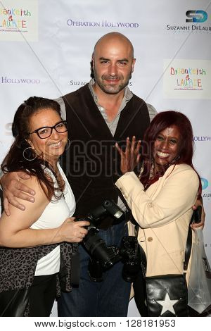 LOS ANGELES - APR 30:  Dominic Pace, guests at the Suzanne DeLaurentiis Productions Gifting Suite at the Dylan Keith Salon on April 30, 2016 in Burbank, CA