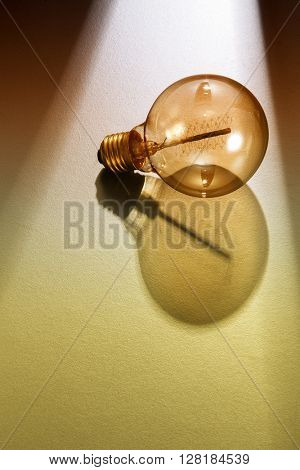 light ray shine on the light bulb