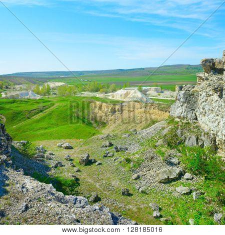 Abandoned quarry for limestone mining
