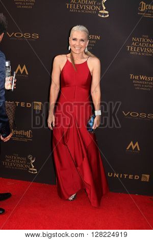 LOS ANGELES - MAY 1:  Melissa Reeves at the 43rd Daytime Emmy Awards at the Westin Bonaventure Hotel  on May 1, 2016 in Los Angeles, CA