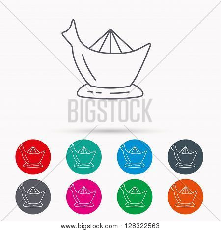 Juicer icon. Squeezer sign. Kitchen electric tool symbol. Linear icons in circles on white background.