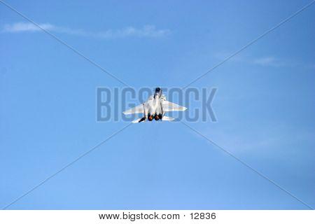 F15 Eagle Climbing