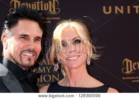 LOS ANGELES - MAY 1:  Don DIamont, Cindy Ambuehl at the 43rd Daytime Emmy Awards at the Westin Bonaventure Hotel  on May 1, 2016 in Los Angeles, CA