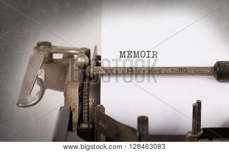 Vintage Typewriter - Memoir