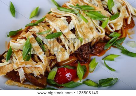 Pasta With Omelet