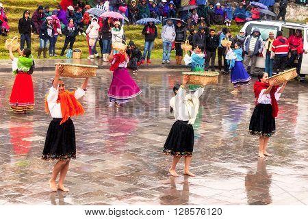 Ingapirca Ecuador - 20 June, 2015: Unidentified Indigenous Women Celebrating The Festival Of The Sun The Annual Recreation Of The Indigenous People In Ingapirca On June 20, 2015
