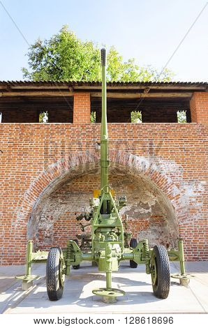 NIZHNY NOVGOROD, RUSSIA - AUGUST 28, 2015: The 85-mm divisional gun M1942 on display at the exhibition of military equipment of times of World War II in the Kremlin of Nizhny Novgorod.