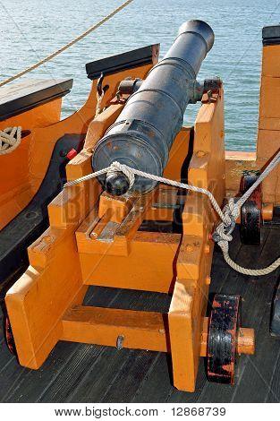 Alte Marine Deck-Pistole