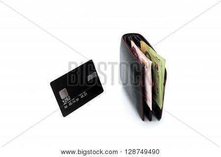 compare of fat wallet and credit card