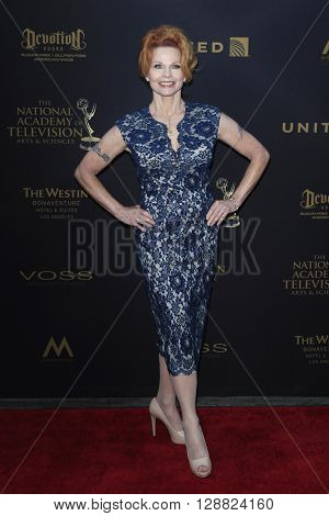 LOS ANGELES - APR 29: Patsy Pease at The 43rd Daytime Creative Arts Emmy Awards Gala at the Westin Bonaventure Hotel on April 29, 2016 in Los Angeles, California