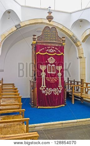 JERUSALEM ISRAEL - FEBRUARY 18 2016: The wooden Ark in Emtsai Synagogue (Middle Synagogue) of Four Sephardic Synagogues complex on February 18 in Jerusalem.