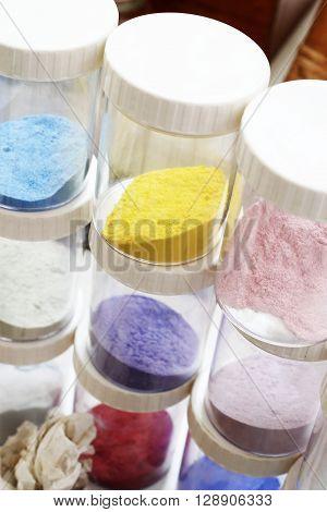 Shop for plastics, pigments painting Coloured pigments painting