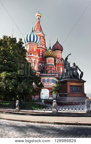The Cathedral of Vasily the Blessed and the Monument to Minin and Pozharsky. Moscow