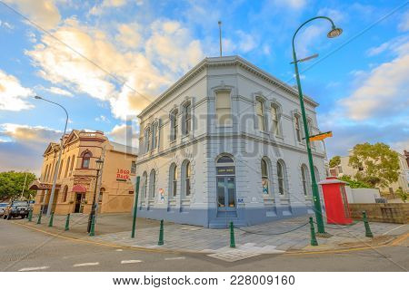 Albany, Australia - Dec 28, 2017: Albany House And London Hotel At Sunset Light In Albany, A Heritag
