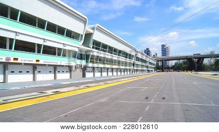 Singapore - Apr 2nd 2015: Pit Lane And Start Finish Line Of The Formula One Racing Track At Marina B