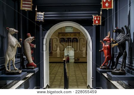 London, Great Britain - May 22, 2014: These Are A Heraldic Medieval Figures In One Of The Halls Of T