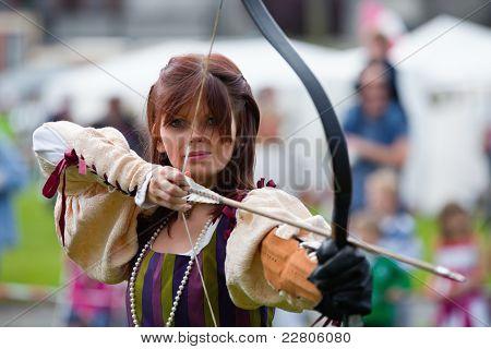 Donna From Eireann Edge Displays Archery