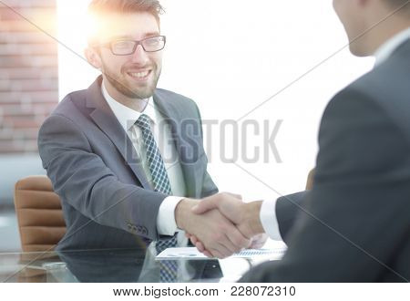 welcome and handshake business partners