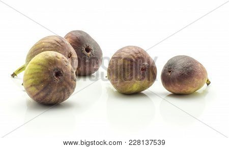 Five Figs Stack Ripe Purple Green Isolated On White Background Fresh