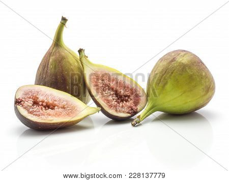 Two Figs Two Sliced Halves Rose Flesh Isolated On White Background Ripe Fresh Purple Green