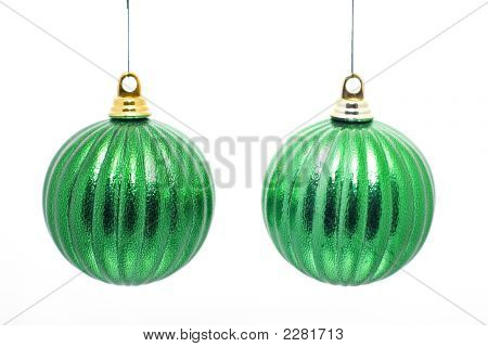 2 Green Baubles