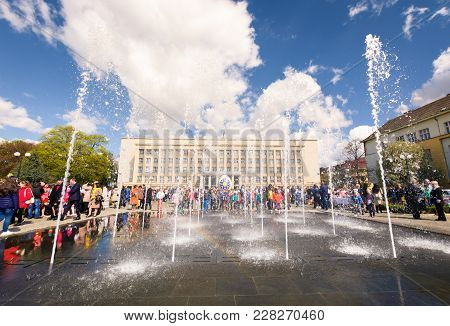 Uzhgorod, Ukraine - April 07, 2017: Celebrating Orthodox Easter In Uzhgorod On The Narodna Square. F