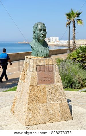 Cadiz, Spain - August 31, 2017: Bronze Bust Of Antonia Gilabert Vargas Otherwise Known As La Perla D