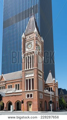 Perth, Australia - January 21, 2018: Old Townhall Of Perth In Early Morning Light On January 21, 201