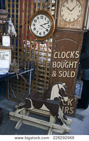 Stock Photo - London, Uk - June 19, 2017: Antique Shop At Portobello Road. The Road Is Well Known Fo