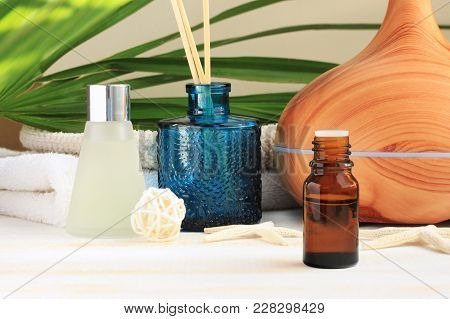 Aromatherapy Set. Essential Oil, Glass Bottles, Aroma Diffuser, Relaxing Spa, Natural Home Fragrance