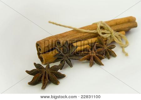 Pack Of Cinamon And Aniseed