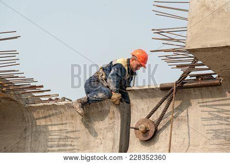 Tyumen, Russia - July 31, 2013: Jsc Mostostroy-11. Bridge Construction For Outcome Of The Tobolsk Pa