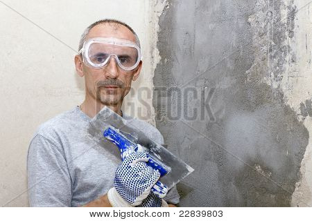 man in the building glasses