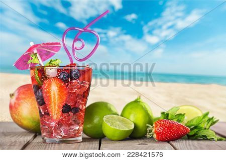 Glass Cocktail Berries Table Color Pub Background
