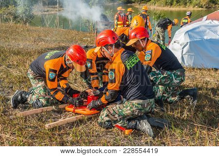 Nakhon Ratchasima, Thailand - December 23, 2017: Rescue Team Preparing To Carry Injured Passenger To