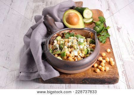 chickpea salad with avocado, feta and coriander