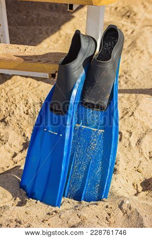 Beach Vacation Fun Snorkel Equipment With Ocean Waves Splashing Water. Scuba Diving And Snorkelling.