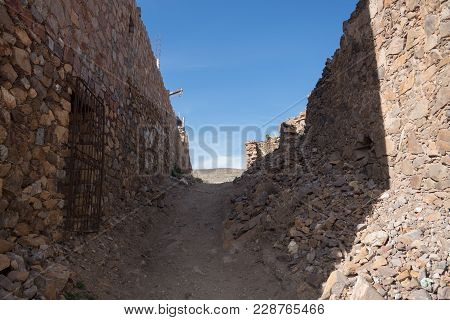 Ruins In The Middle Of Nothing Just A Walls Made By Rocks And Dust