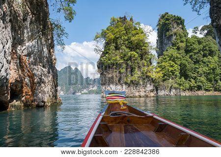 Lake Khao Sok , National Park Khao Sok - Thailand