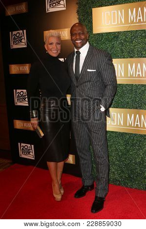 LOS ANGELES - FEB 27:  Rebekka King-Crews, Terry Crews at the 6th Annual ICON MANN Pre-Oscar Dinner at Beverly Wilshire Hotel on February 27, 2018 in Beverly Hills, CA