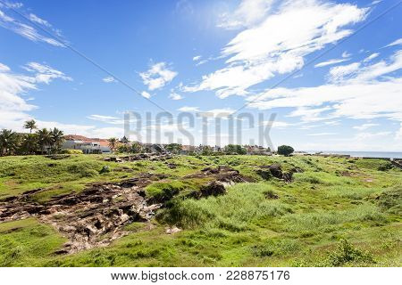 Galle, Sri Lanka, Asia - A Large Meadow Upon The Medieval Town Wall Of Galle