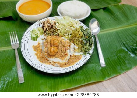 Rice Vermicelli With Fish Curry And Vegetable Sauce Thai Food Ready To Eat Or Lightly Fermented Rice