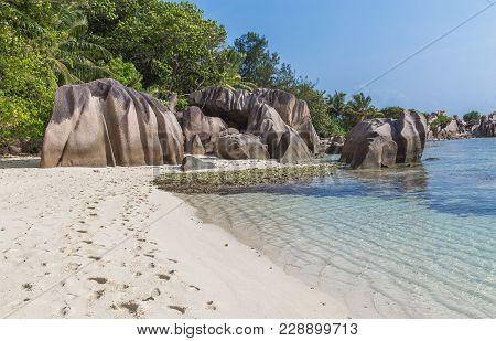 Anse Bonnet Carre On La Digue Seychelles.