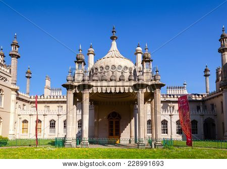 BRIGHTON, UK - JUN 5, 2013:View of the Royal Pavilion (Brighton Pavilion) entrance, former royal residence built in the Indo-Saracenic style